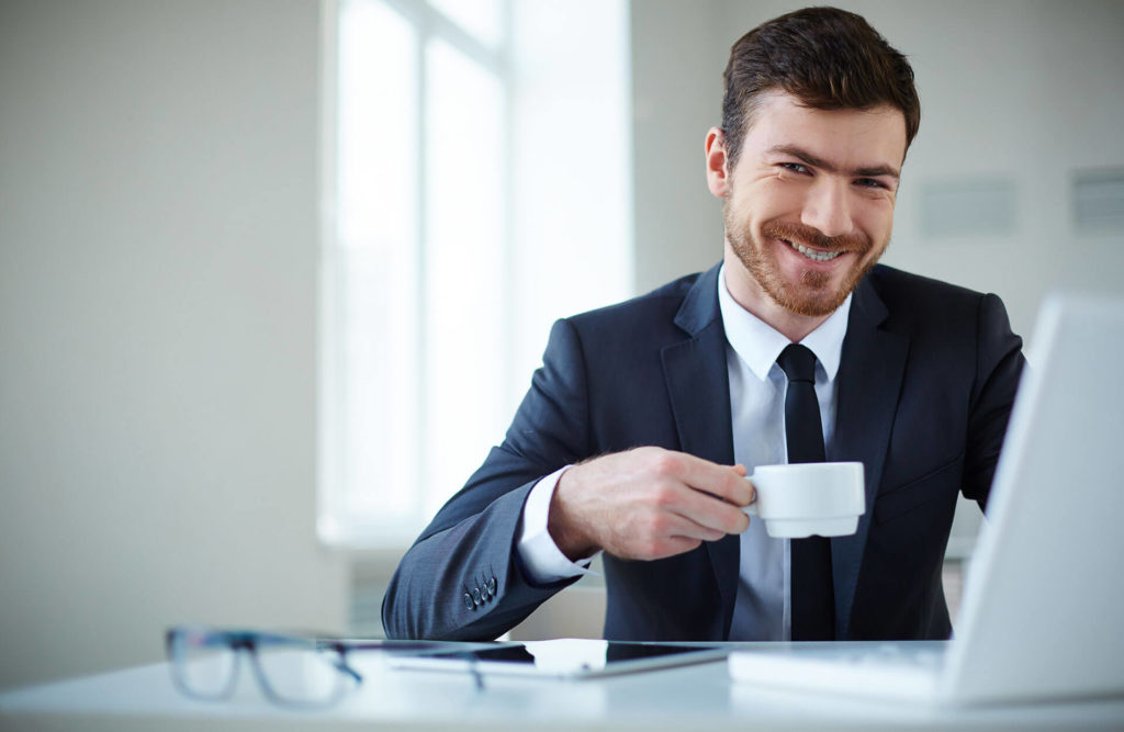 A man drinking tea and talking about cv distribution